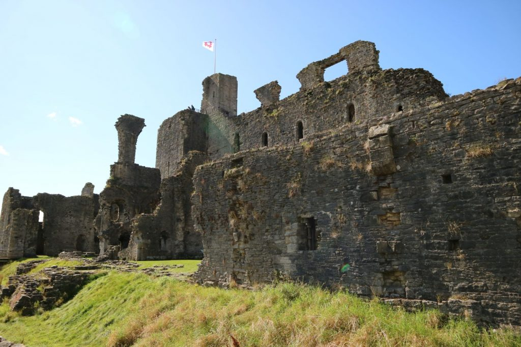 Outer wall of Middleham Castle